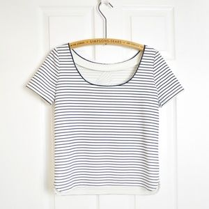 RW&CO Tops - RW&CO low back t shirt blouse Sz Small